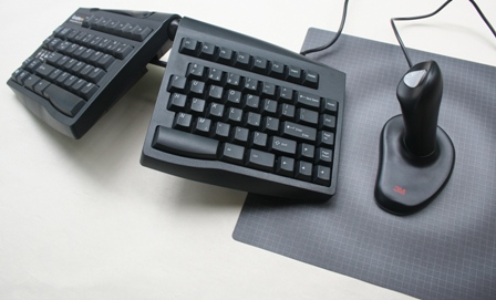 Ergonomic Mouse to the right of a Goldtouch Keyboard