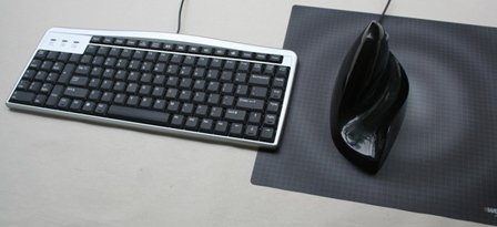 Evoluent Mouse Friendly Compact Keyboard + Designer Appliances Air02Bic